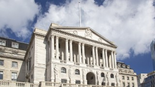 Bank of England holds interest rates at 0.75%