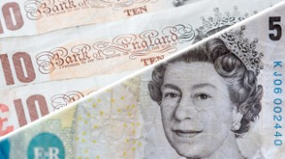 222 million old £5 and £10 notes STILL out there – how to make them spendable again