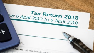 100,000s risk fines for filing late tax returns – even though they owe no tax