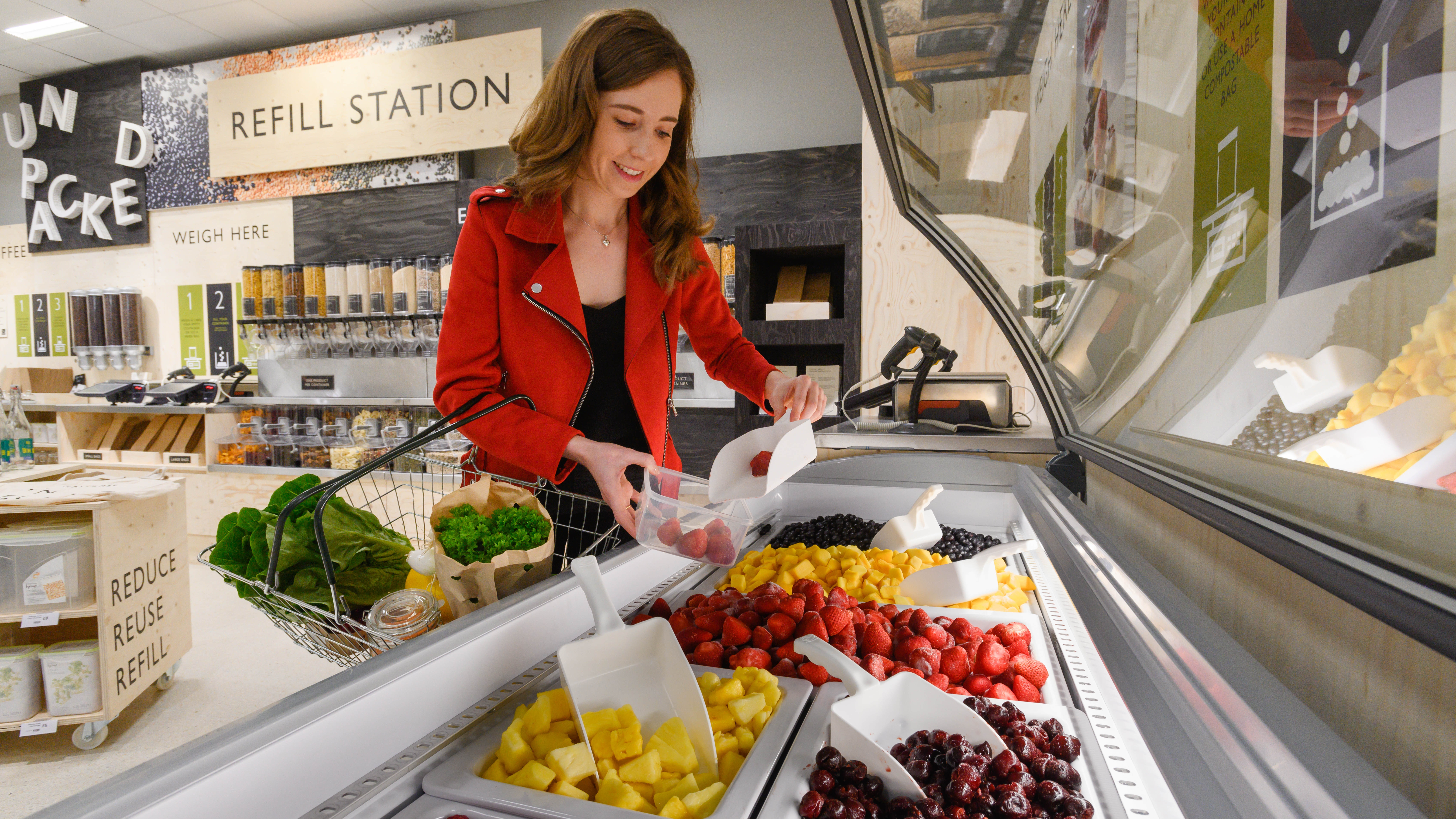 Waitrose trials selling groceries without packaging