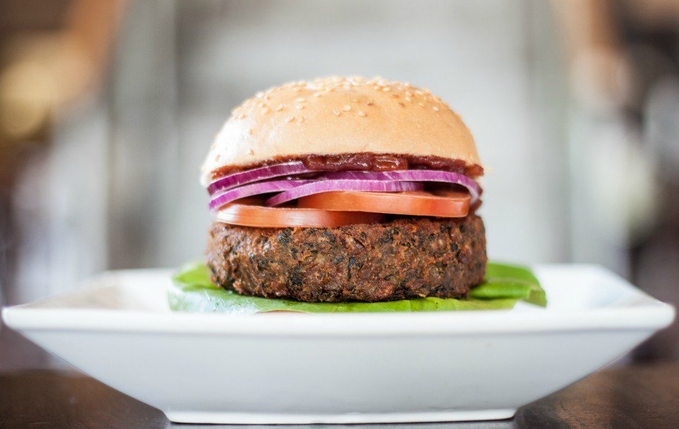 Spinach & lentil burger