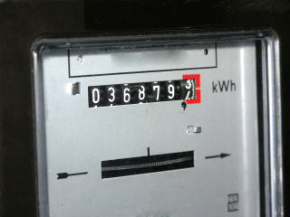 Only FOUR energy tariffs left under £1,000/yr on average as cheap deals vanish