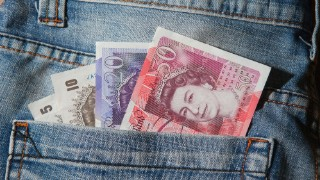 Payday lender QuickQuid goes into administration – what you need to know