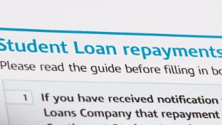 10,000s risk wasting money voluntarily paying off student loans