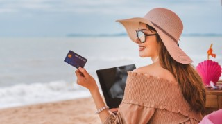 Travel Credit Cards - One of the cheapest ways to spend abroad