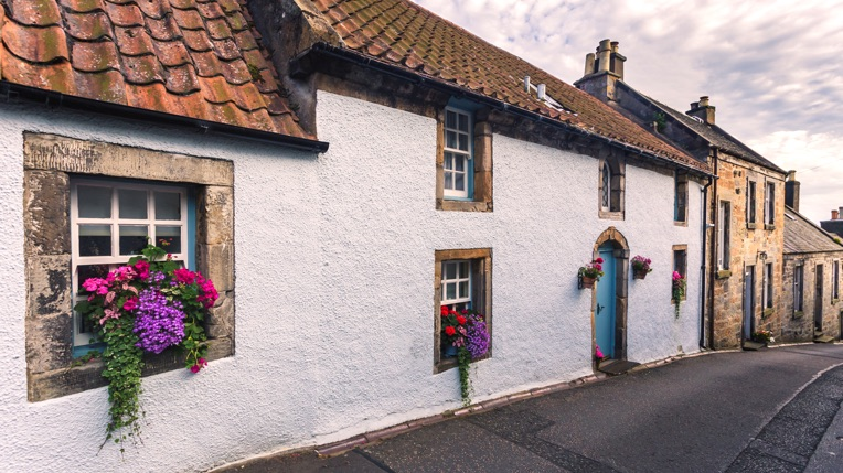 Buying a home in Scotland – the timeline