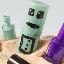 Reusing and recycling nail polish - don't waste money you've already spent