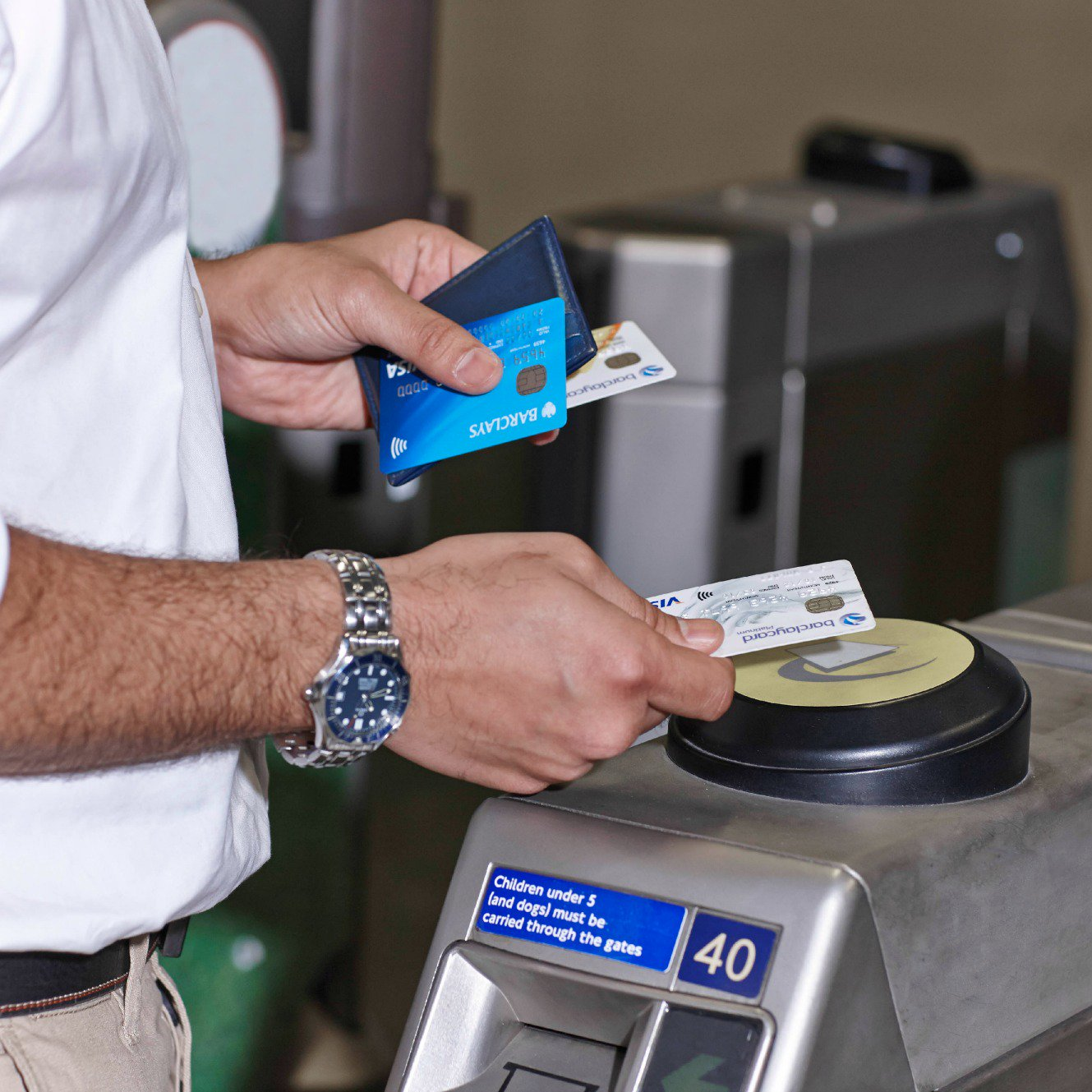 Contactless Payments Scheme Launches On The London Underground
